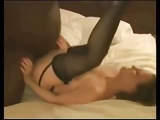 INTERRACIAL AMATEUR CREAMPIE AND GROPSEX