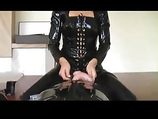 Wicked dominant babes in latex and Slave