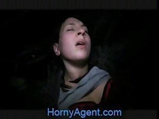 HornyAgent Jana fucks me in the car for money