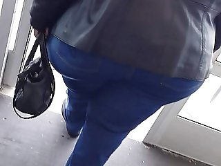 Black granny Hips & Buns