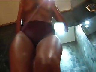 Sophia Lares Rubs Oil On Her Sexy Body