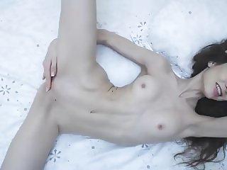 flexible russian cam-bitch