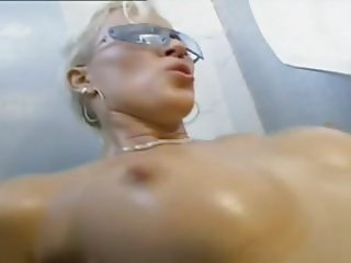 Blonde bitch likes hard anal in the mens toilet