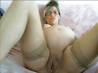 pregnant milf huge pussy