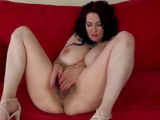 Busty hairy Polish cougar