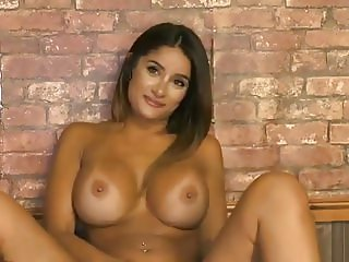 Preeti Young Babestation 20-10-2016