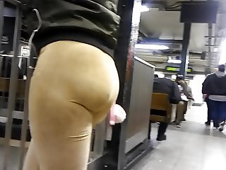 Bubble Teen Booty in Gold Spandex