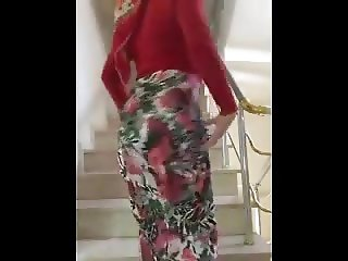 HijabHD- Hijab FAN Sends This Sexy Video
