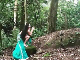 Alla Kushnir photoshooting