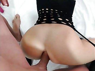 Tanara Prostituata Romana Lorena Adina Javrelor Pe WebCam