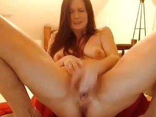 EmmyJadeX masturbation on webcam