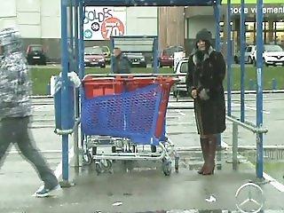 kathy fait sais courses