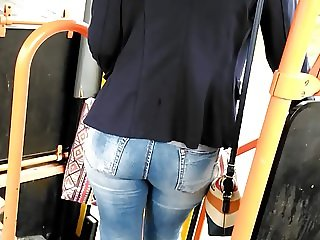Nice blonde jeans butt in bus