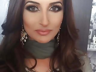 Ambreen Salaam