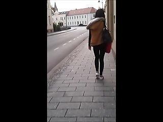 Street cum 28