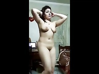 very beautiful egypt girl dance show tit and pussy
