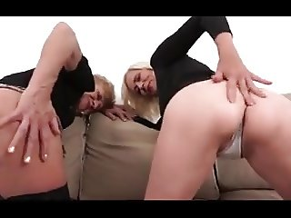 I don't like commercial Porn, but these 2 grannies are hot!