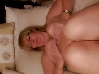 Maria shaking her stuff