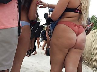 Blonde Bikini Cheeks Candid
