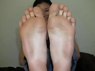 pretty  feet exposed 1